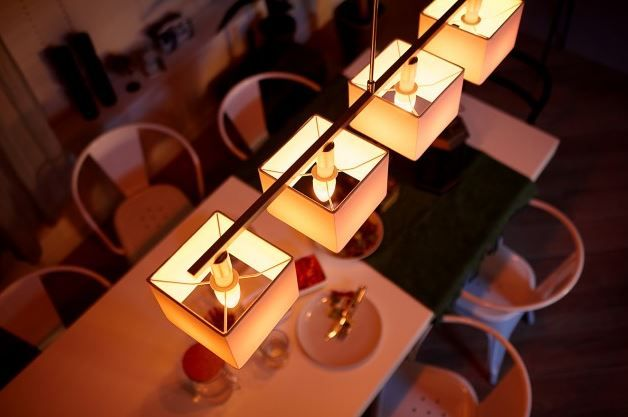 Philips launches new candle E14 Hue smart bulb.JPG